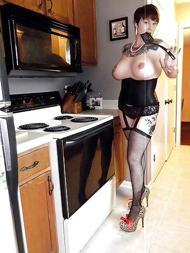 sexgeile Hausfrau lässt sich vormittags privat ficken
